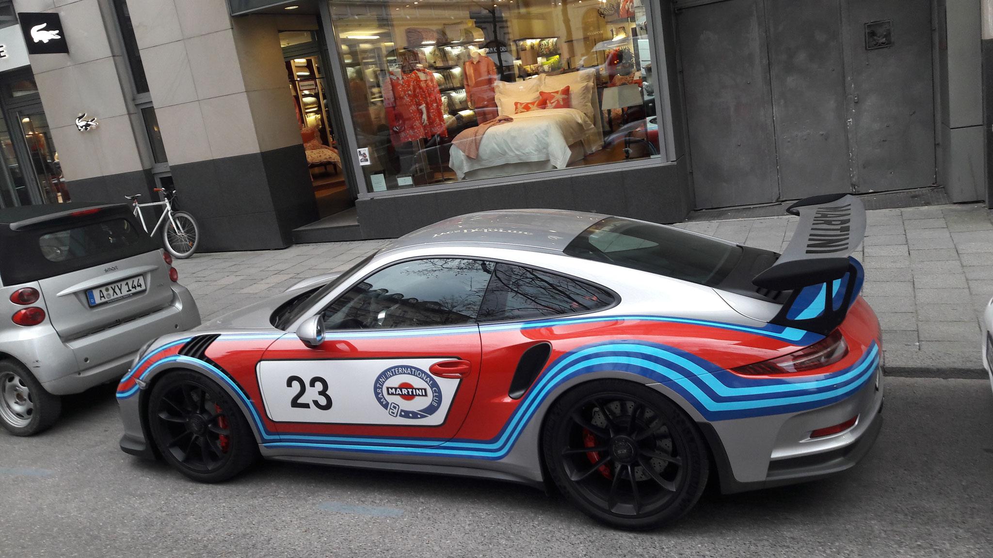 Porsche 911 GT3 RS - M-042566 (M-OG-232)