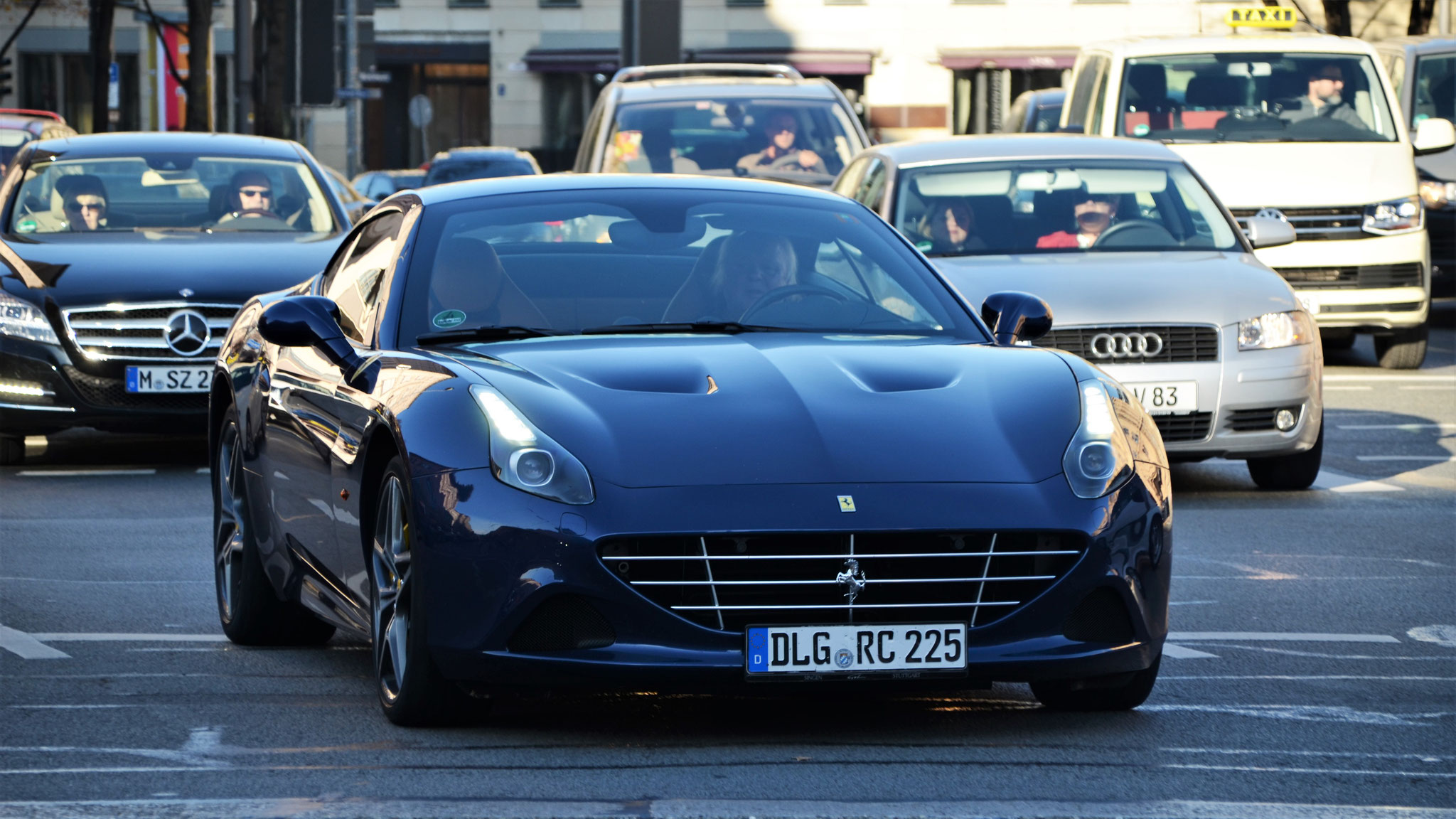 Ferrari California T - DLG-RC-225