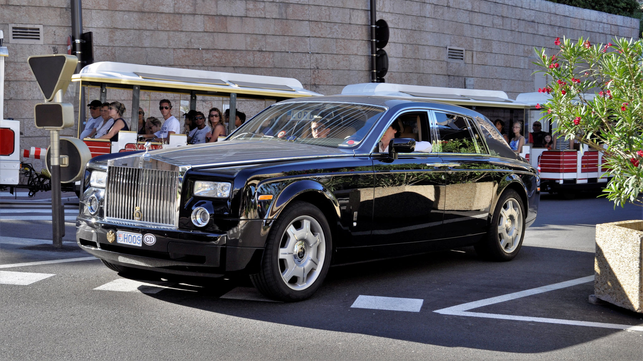 Rolls Royce Phantom - H009 (MC)