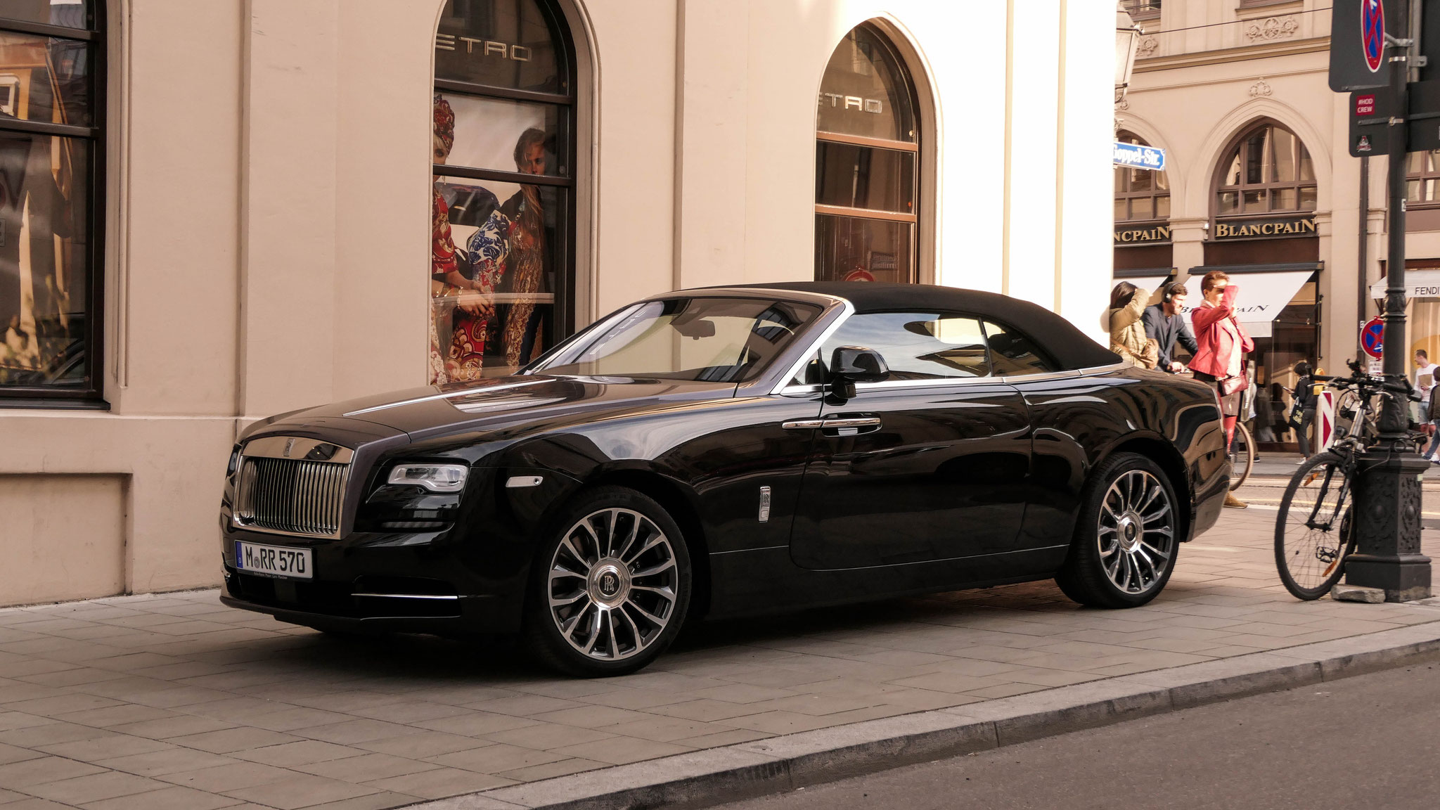 Rolls Royce Dawn - M-RR-570