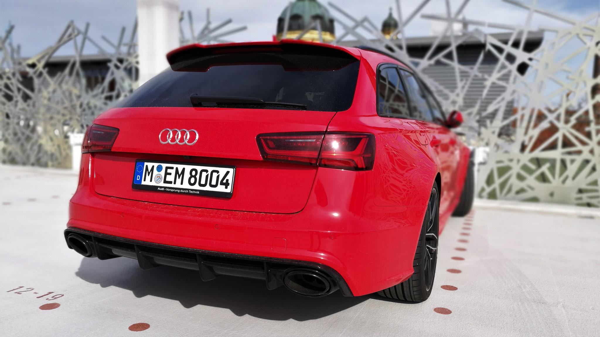 Audi RS6 - M-EM-8004
