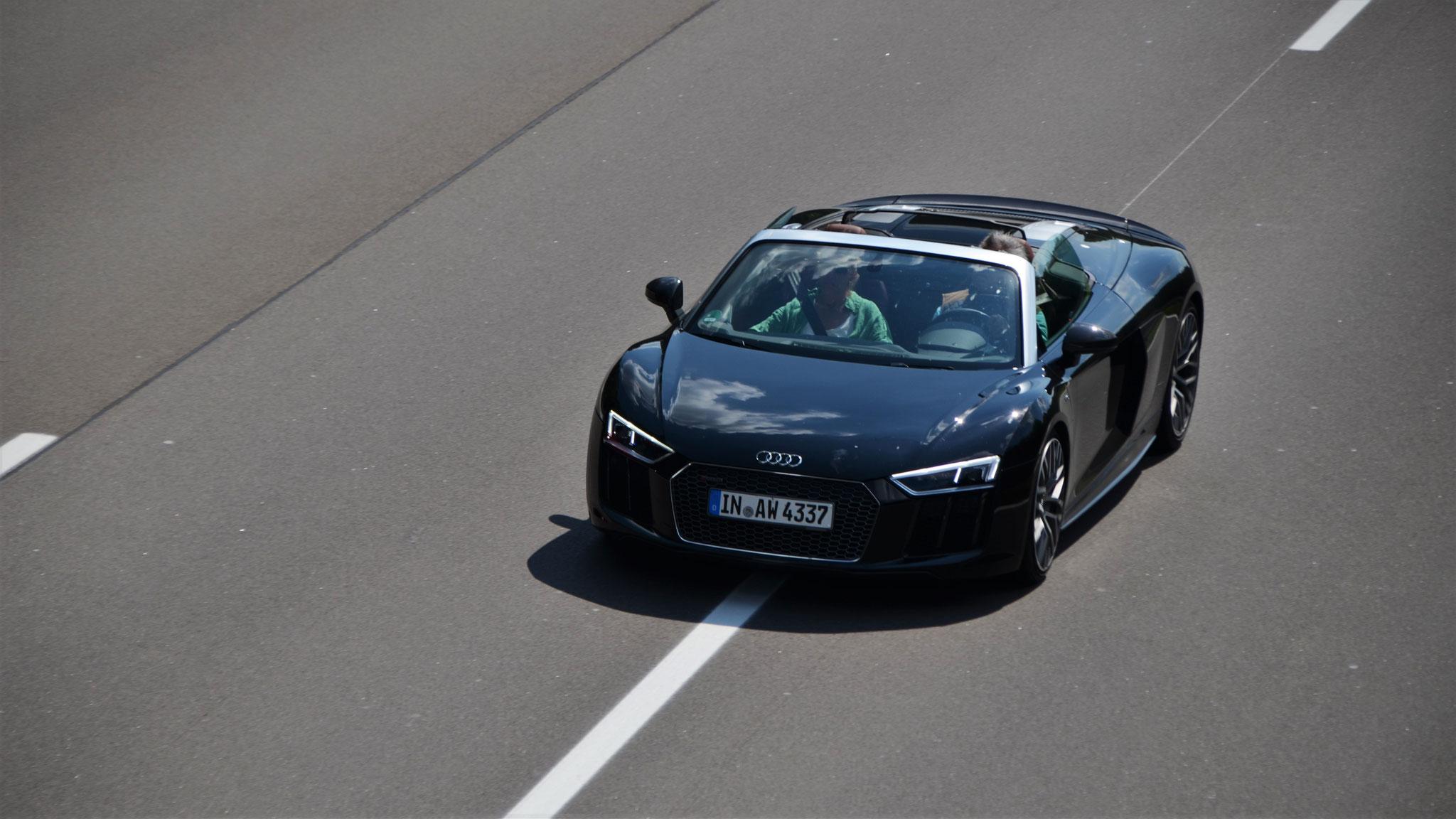 Audi R8 V10 Spyder - IN-AW-4337