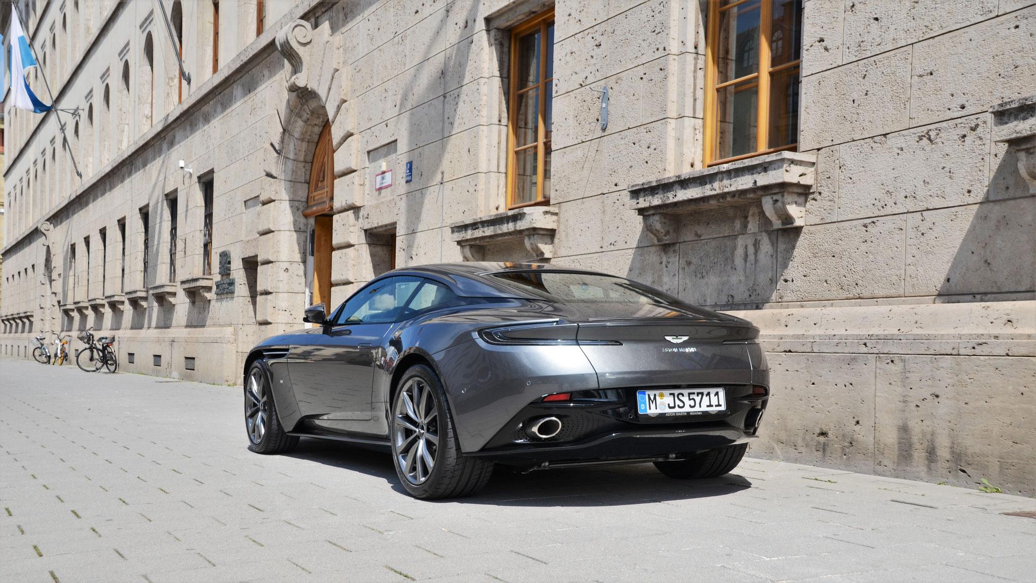 Aston Martin DB11 - M-JS-5711