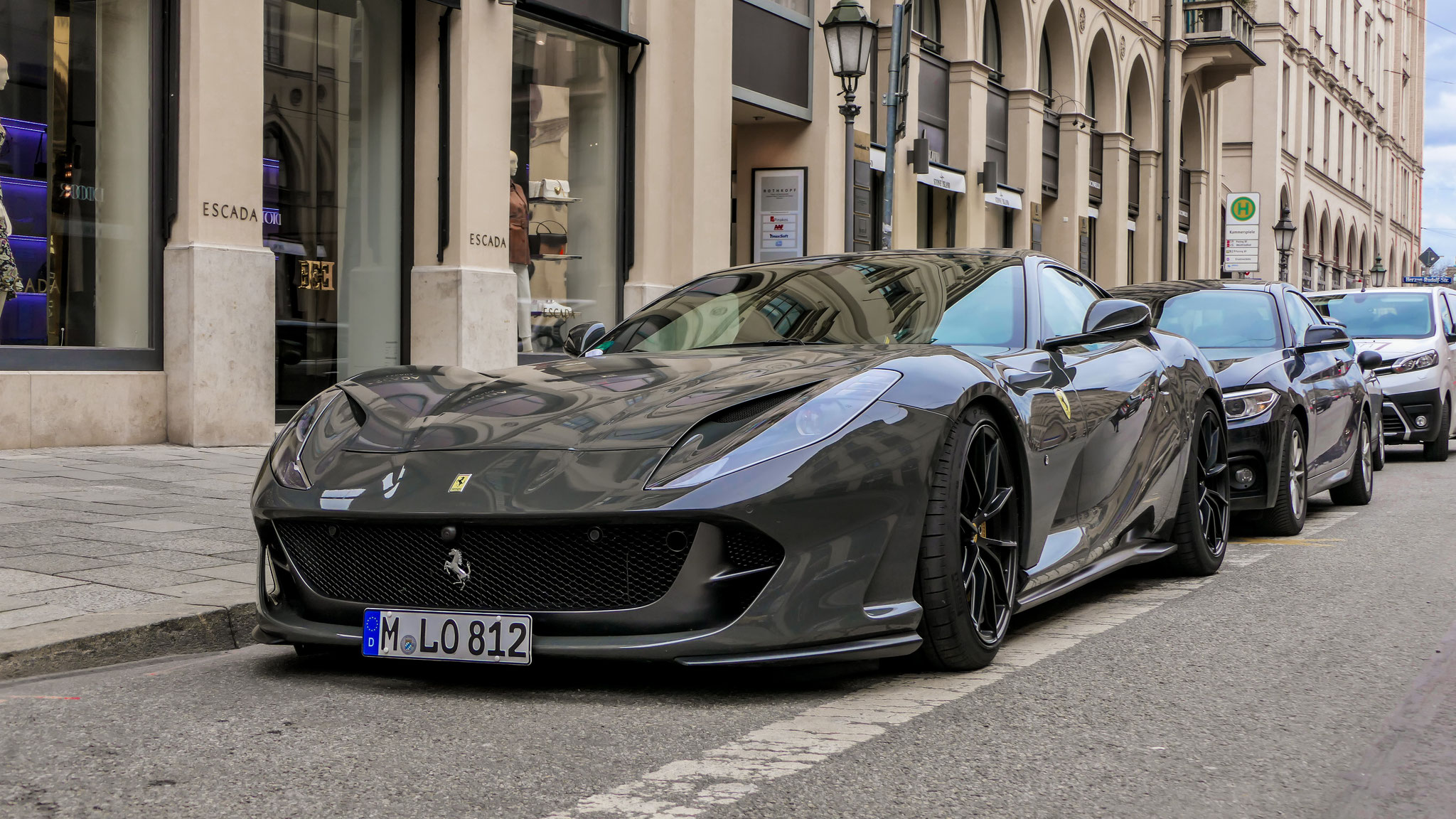 Ferrari 812 Superfast - M-LO-812