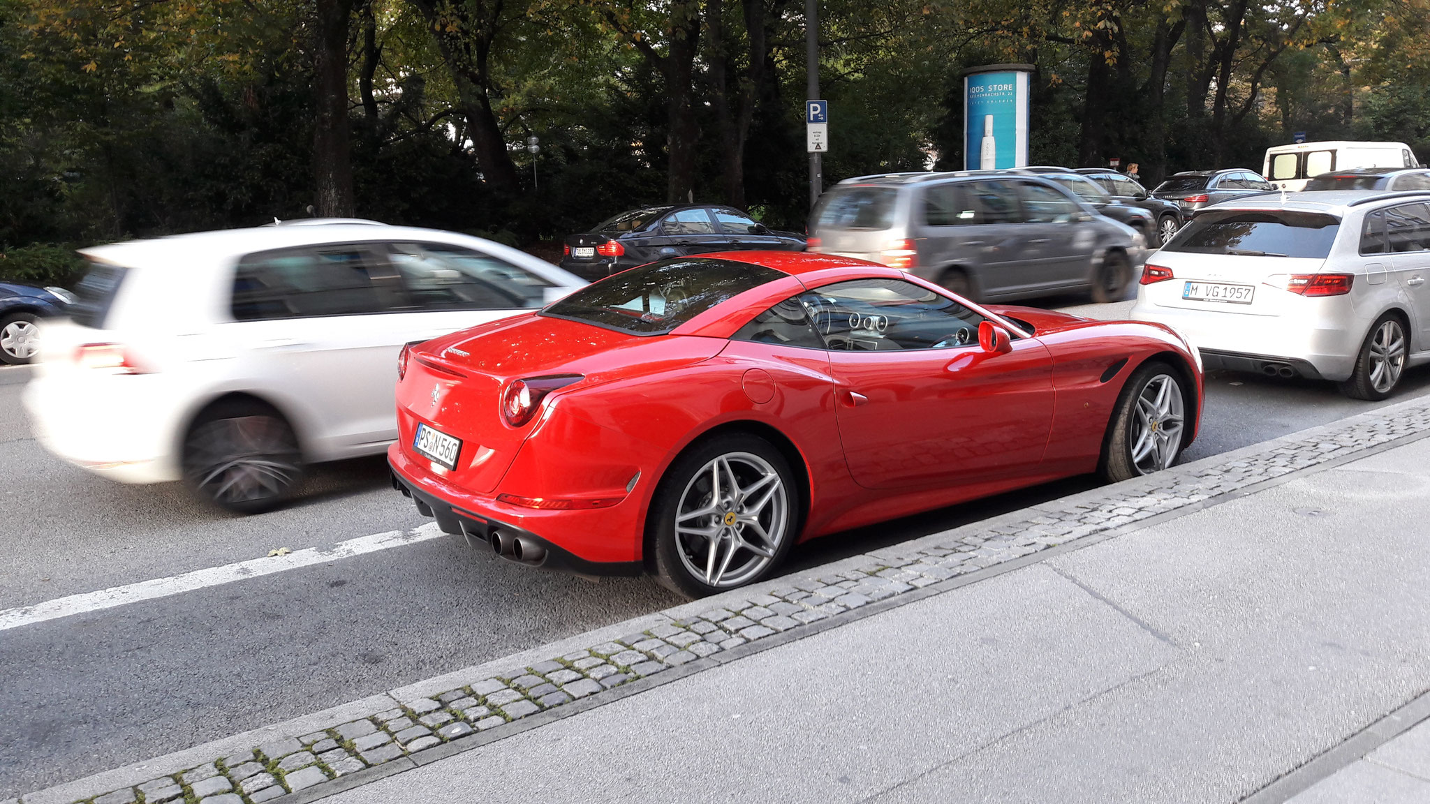 Ferrari California - PS-N-560