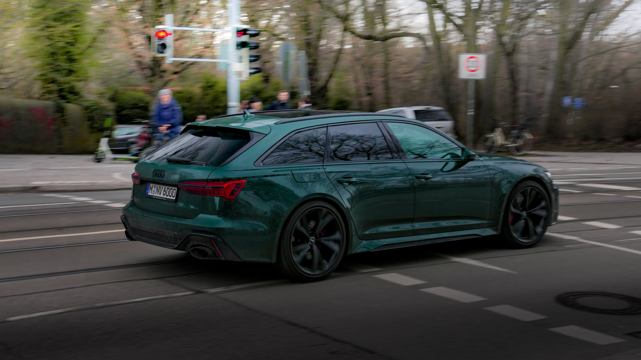 Audi RS6 - M-NV-6000