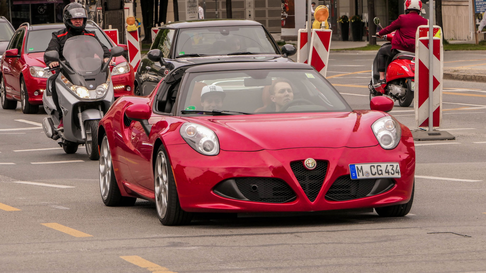 Alfa Romeo 4C Spyder - M-CG-434