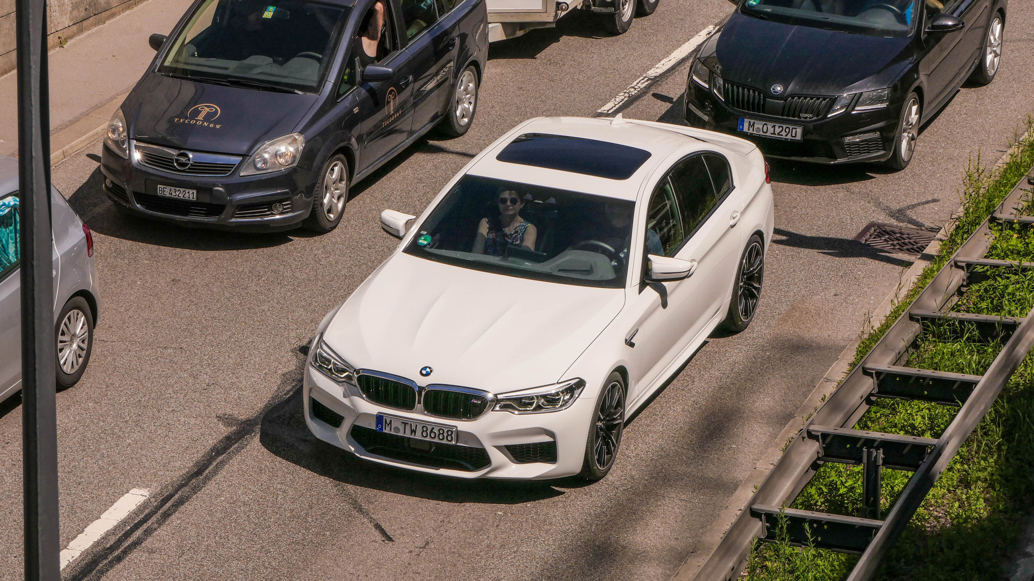 BMW M5 - M-TW-8688