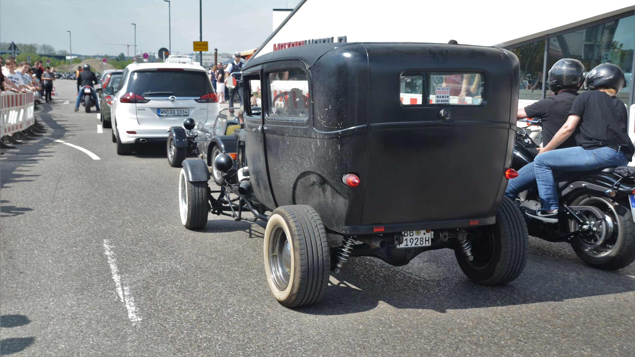 BB-F-1928