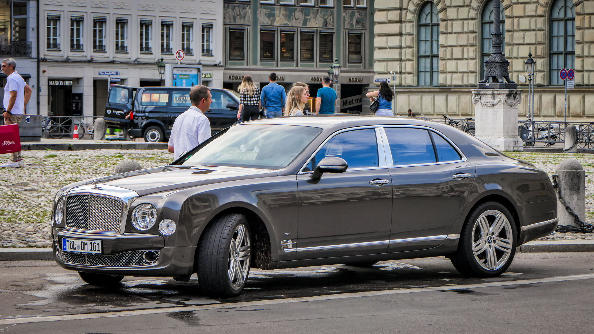 Bentley Mulsanne - TÖL-DM-101