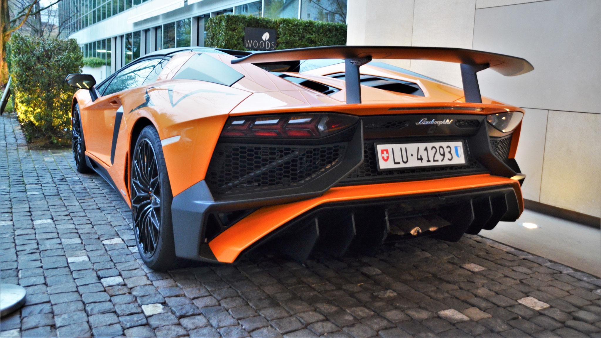 Lamborghini Aventador LP-750-4 SV Roadster - LU-41293 (CH)