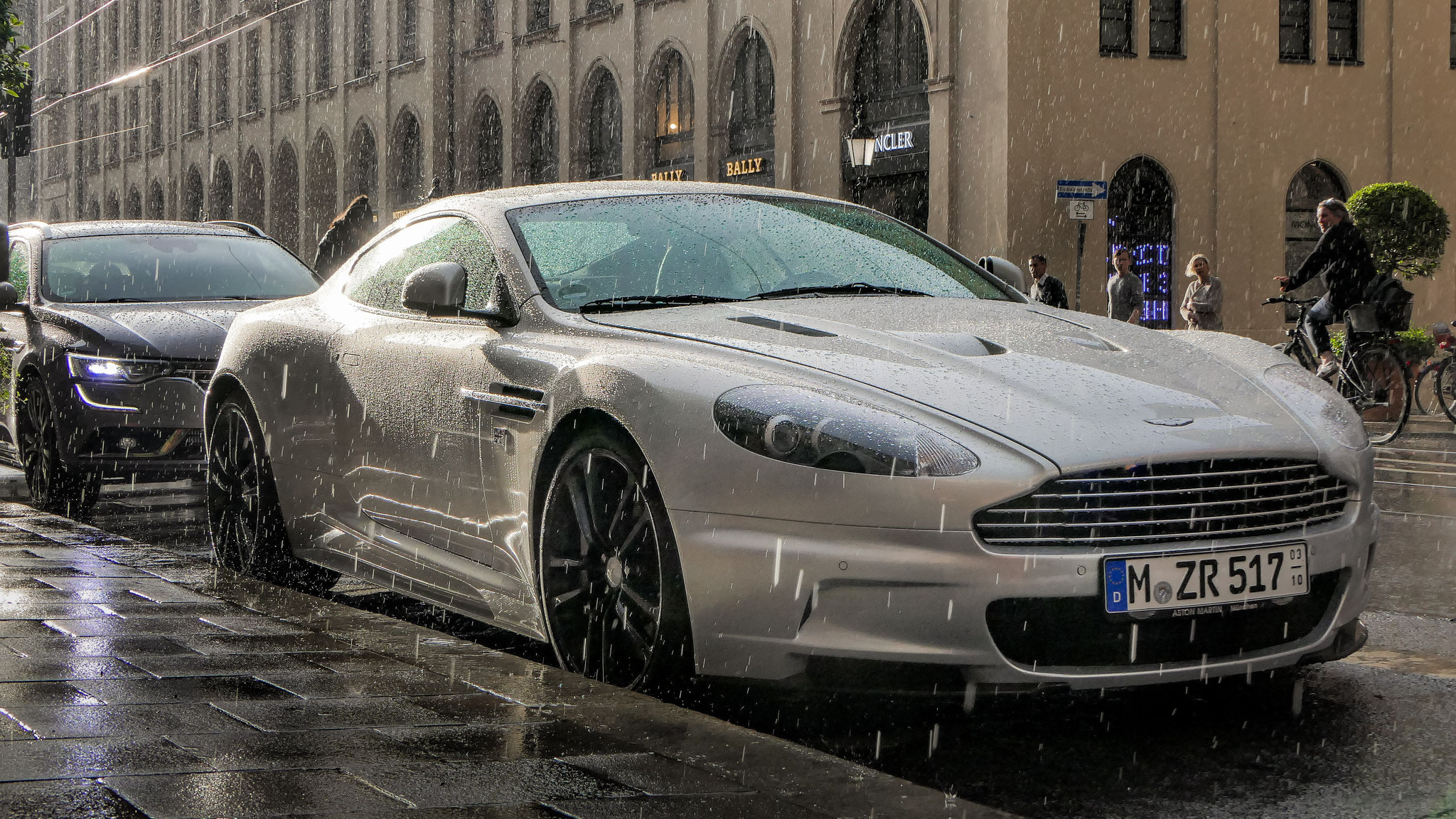 Aston Martin DBS - M-ZR-517
