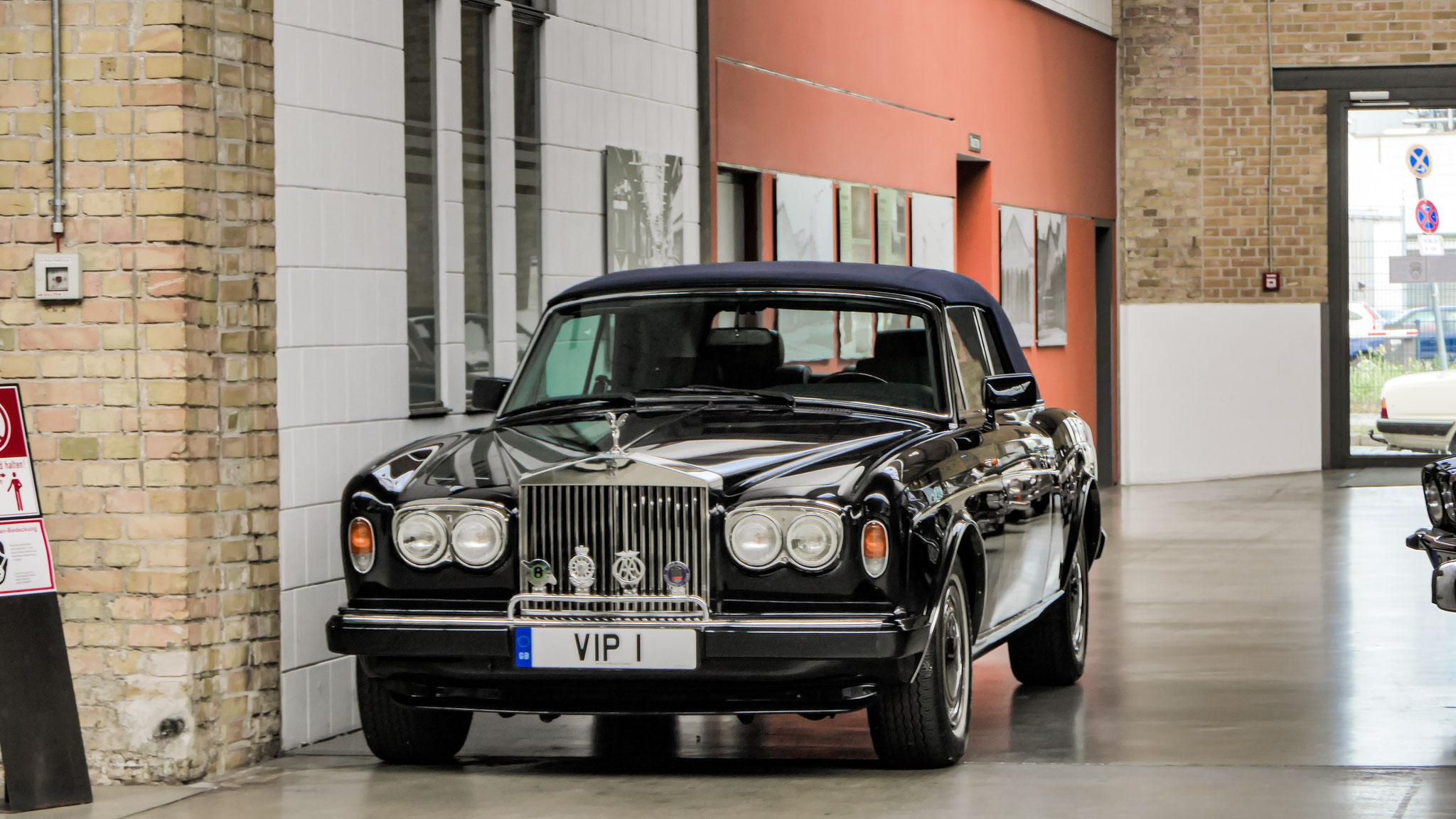 Rolls Royce Corniche - VIP-1 (GB)