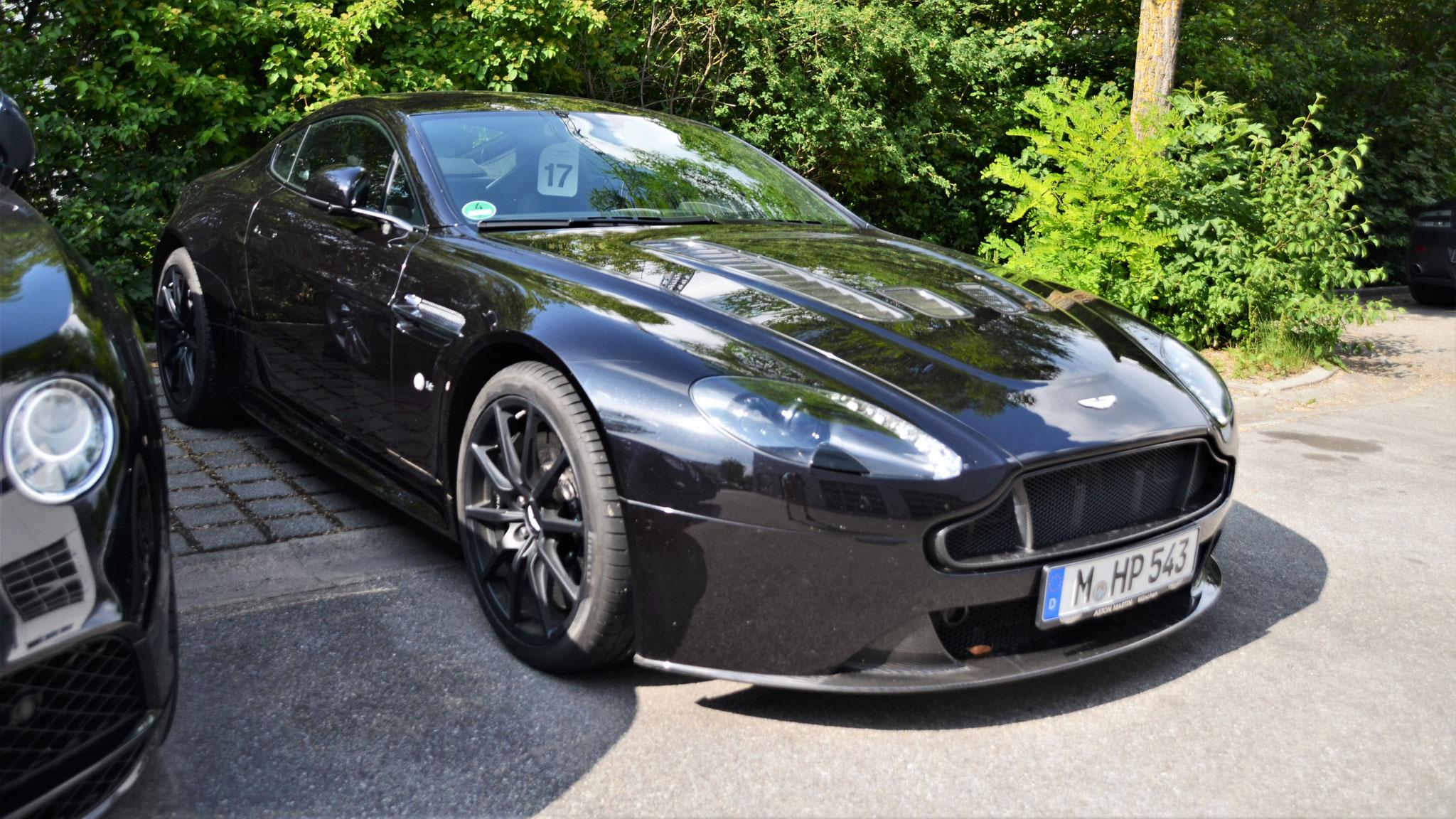 Aston Martin Vantage V12 - M-HP-543