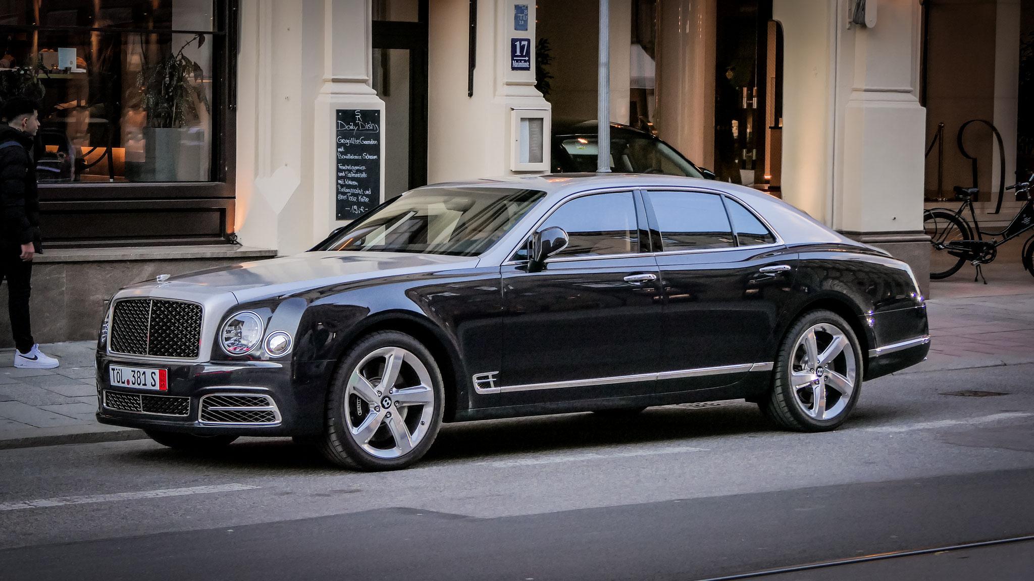 Bentley Mulsanne - TÖL-381-S