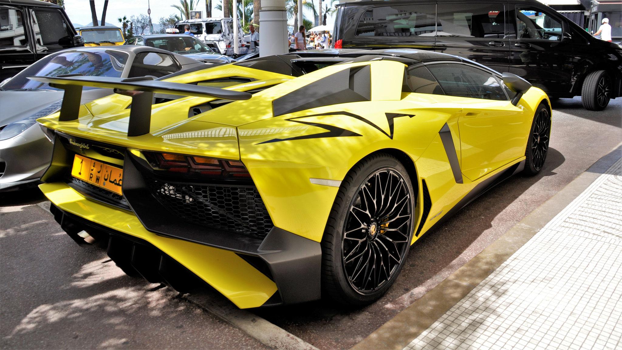 Lamborghini Aventador LP-750-4 SV Roadster - 1-RW (OM)
