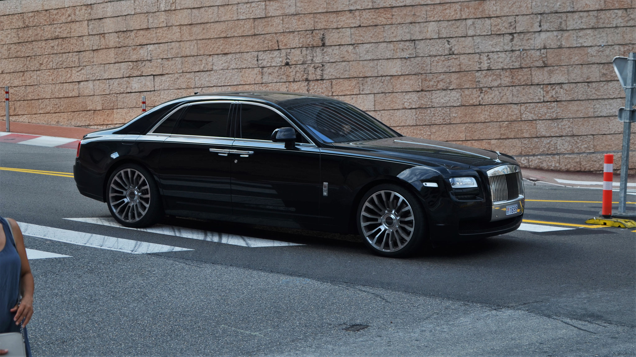 Rolls Royce Ghost - 1699 (MC)