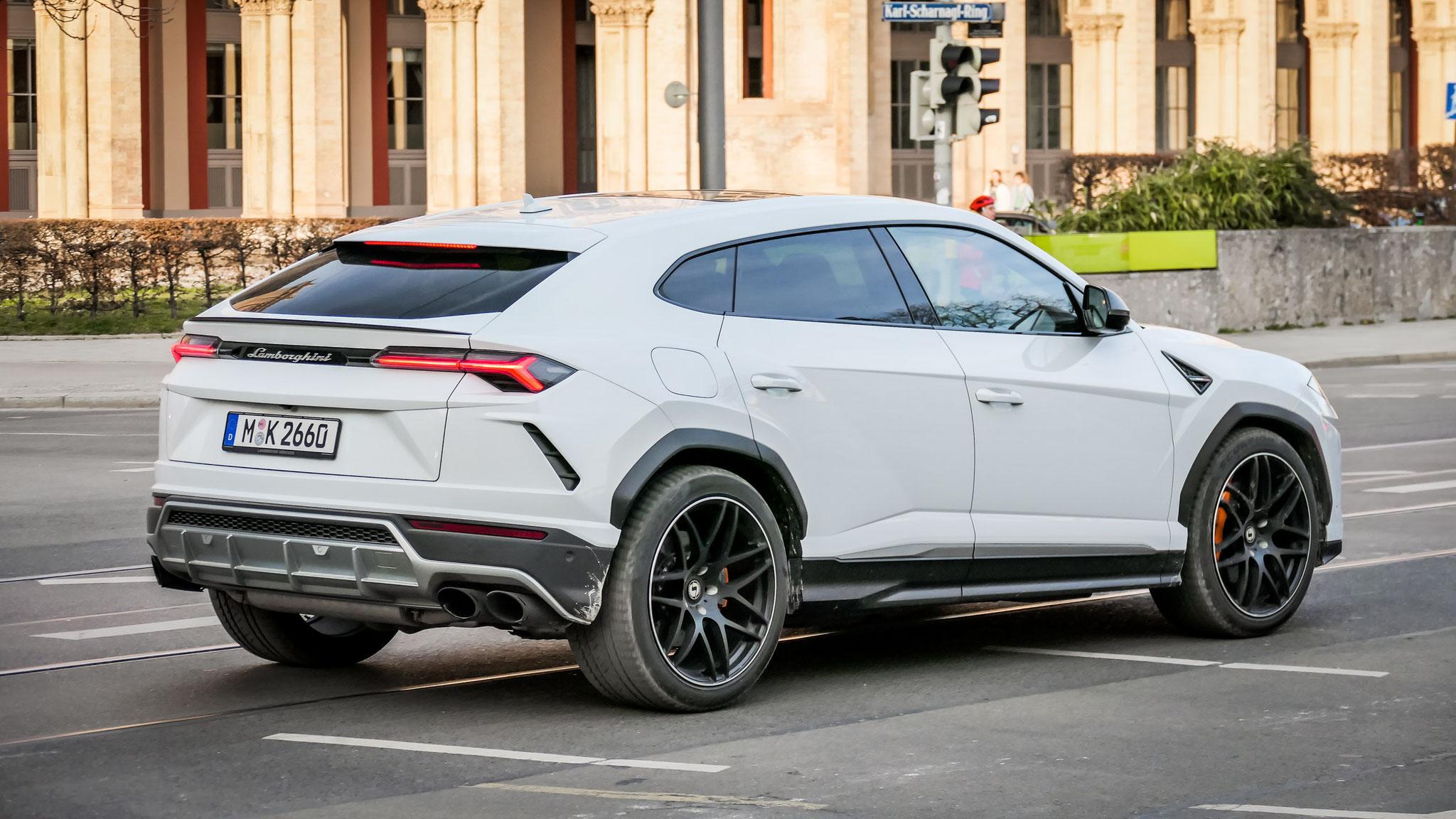 Lamborghini Urus - M-K-2660