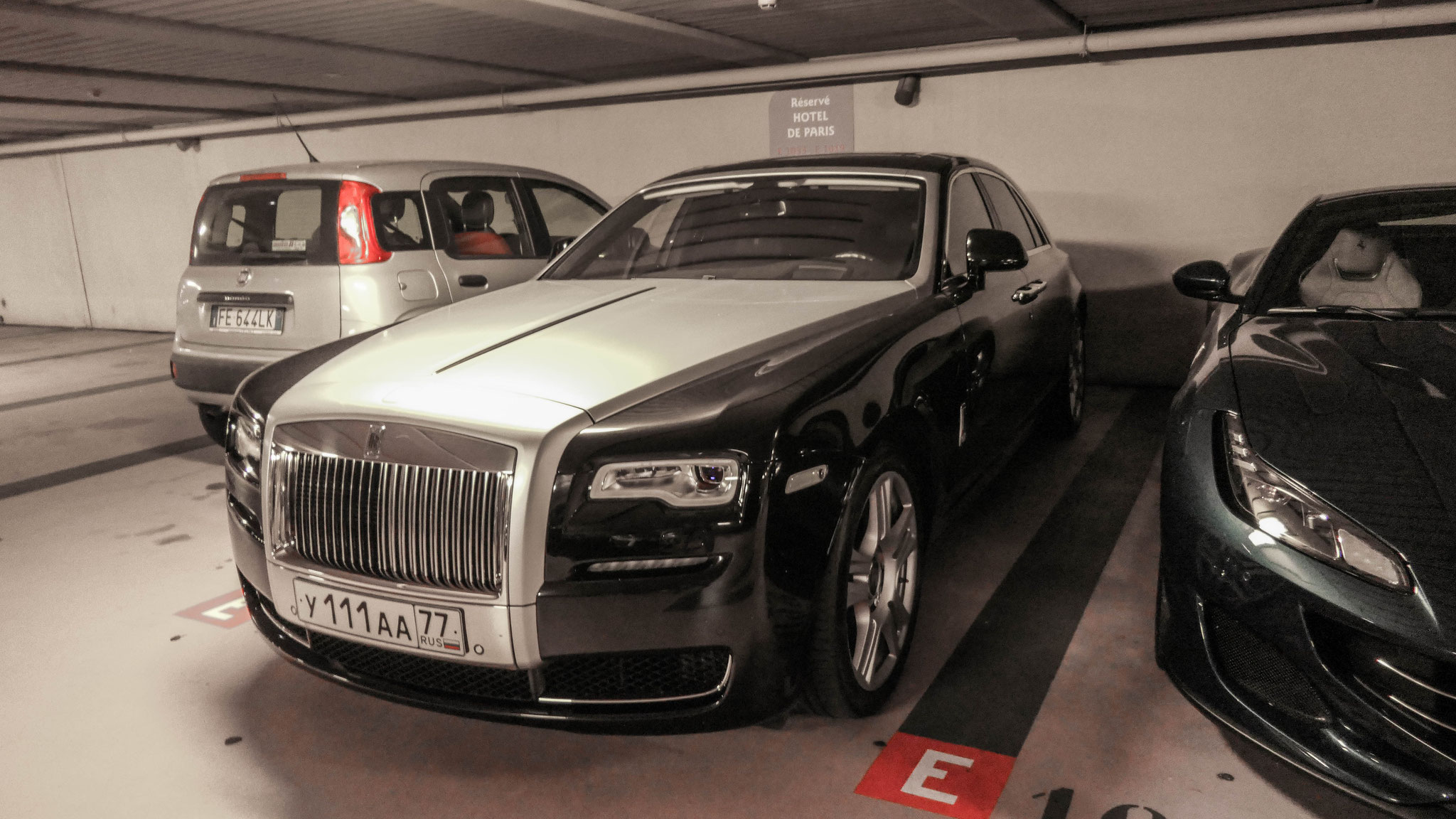 Rolls Royce Ghost Series II - Y-111-AA-77 (RUS)