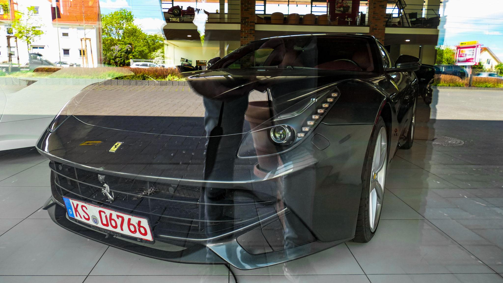 Ferrari F12 Berlinetta - KS-06766