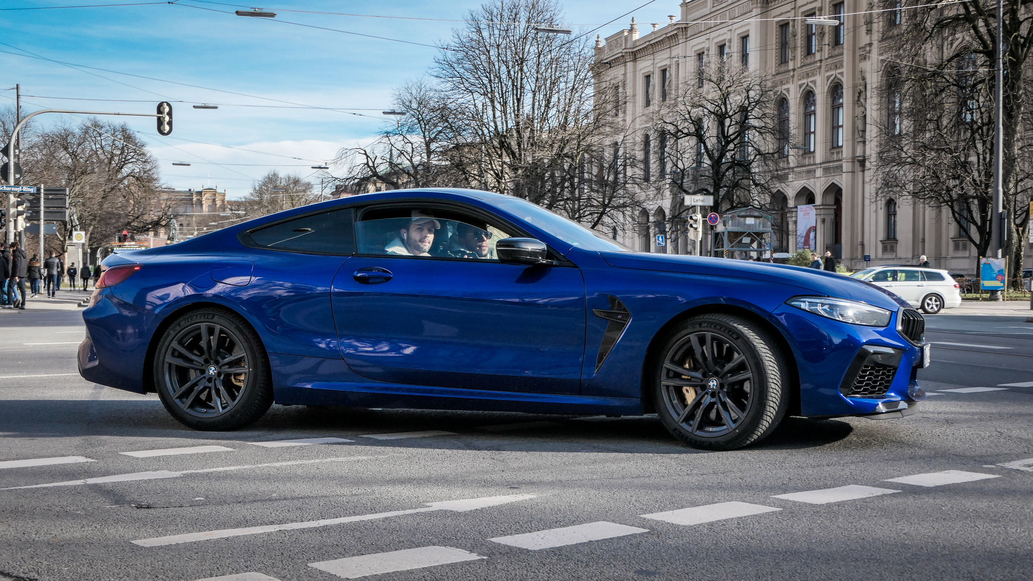 BMW M8 Competition - M-QF-7836