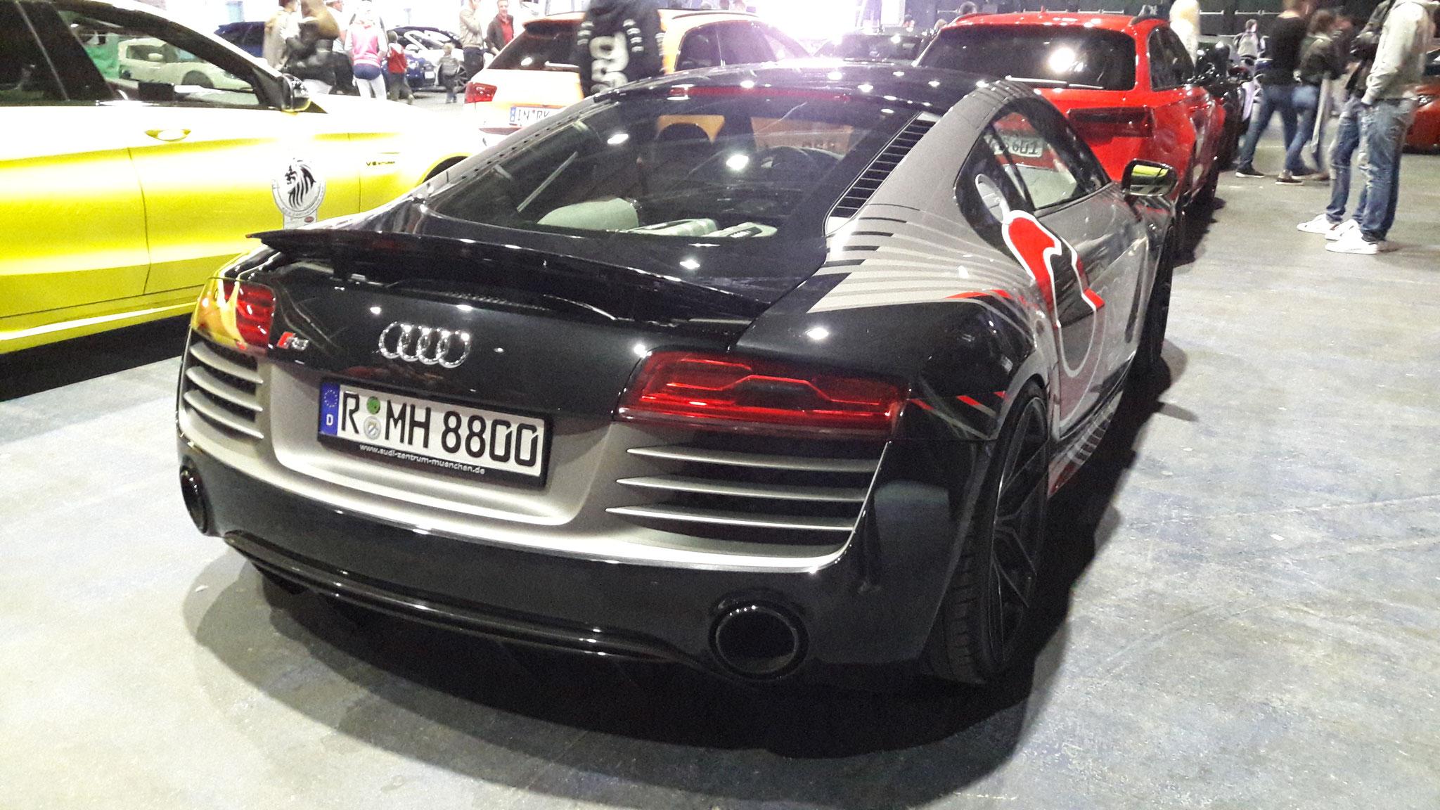 Audi R8 V10 - R-MH-8800