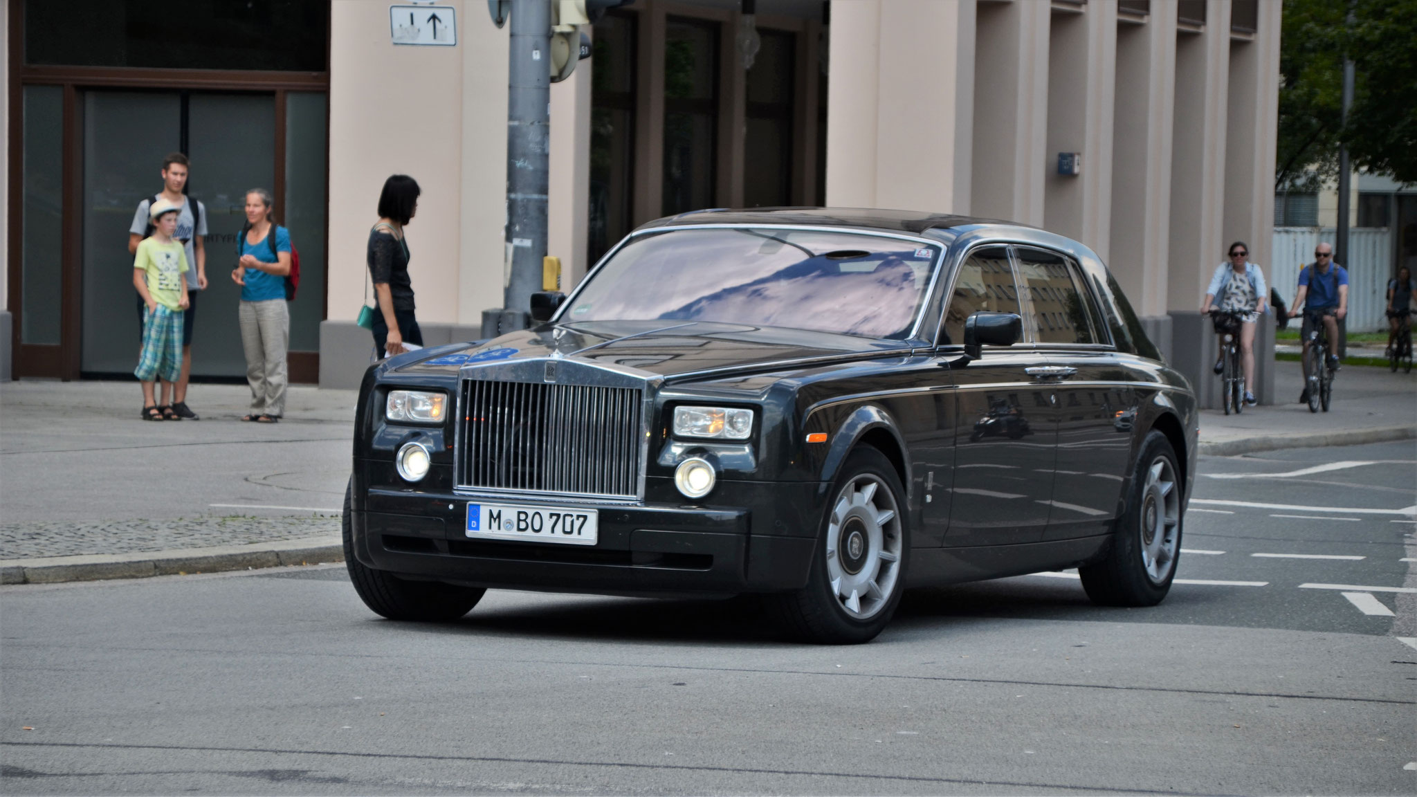 Rolls Royce Phantom - M-BO-707