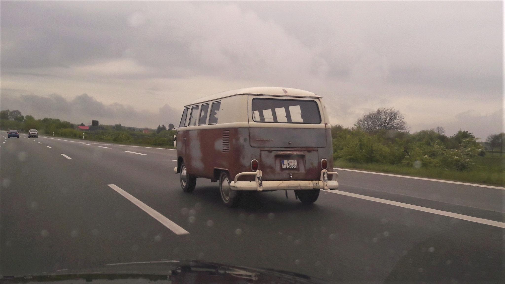 VW T1 - D-TI-566