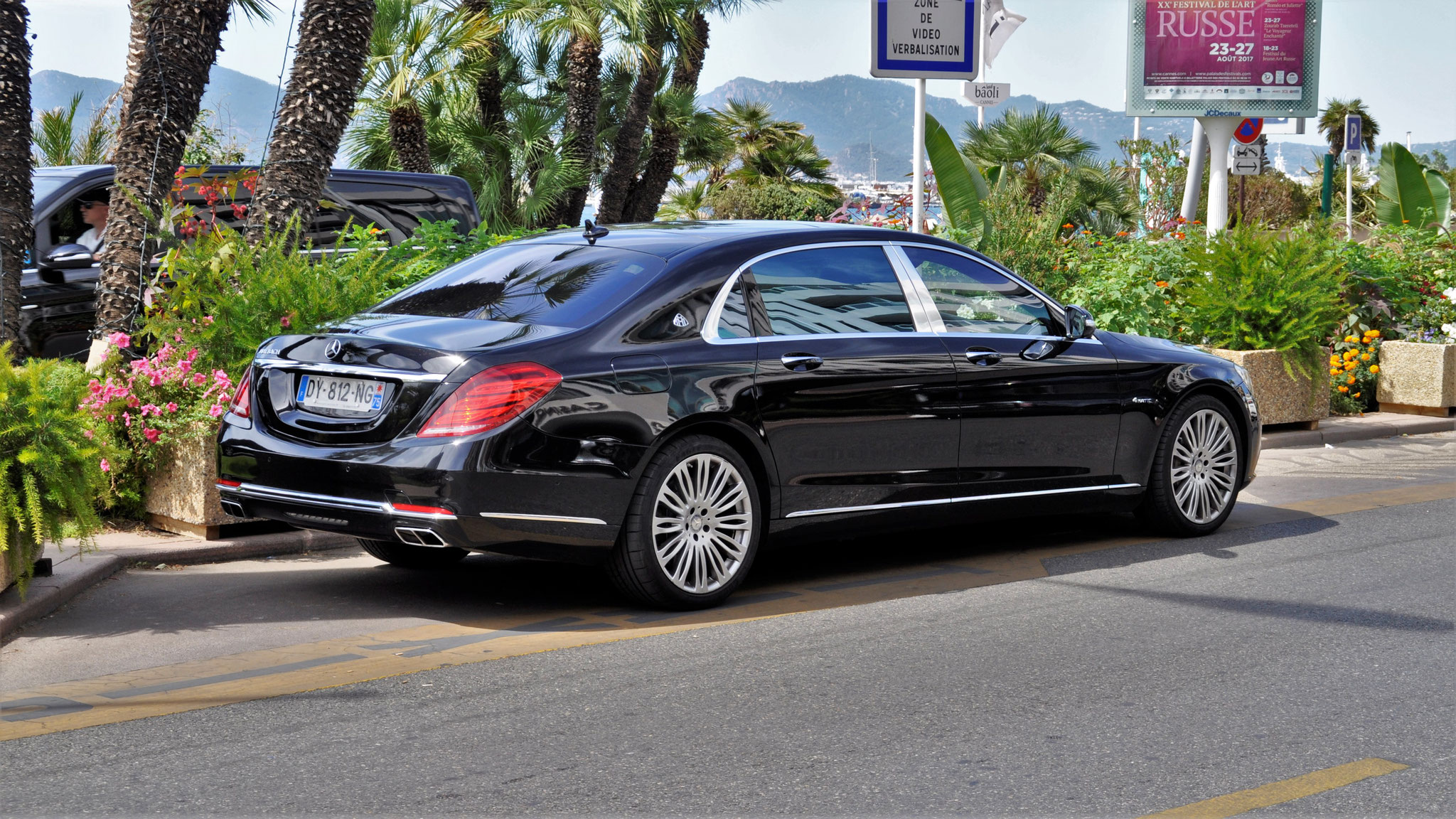 Mercedes Maybach S500 - DY-812-NG-75 (FRA)