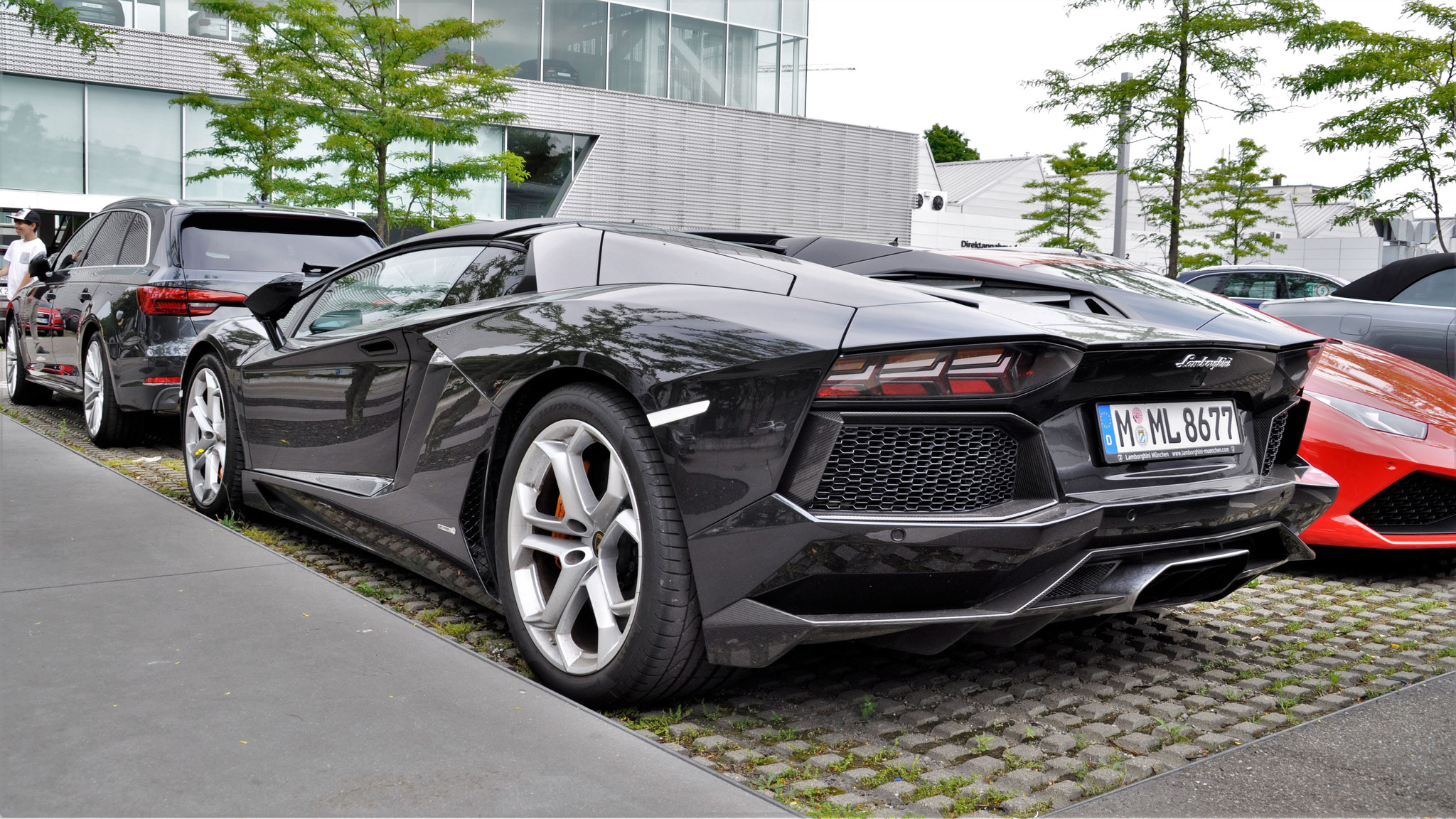 Lamborghini Aventador LP700-4 Roadster - M-ML-8677