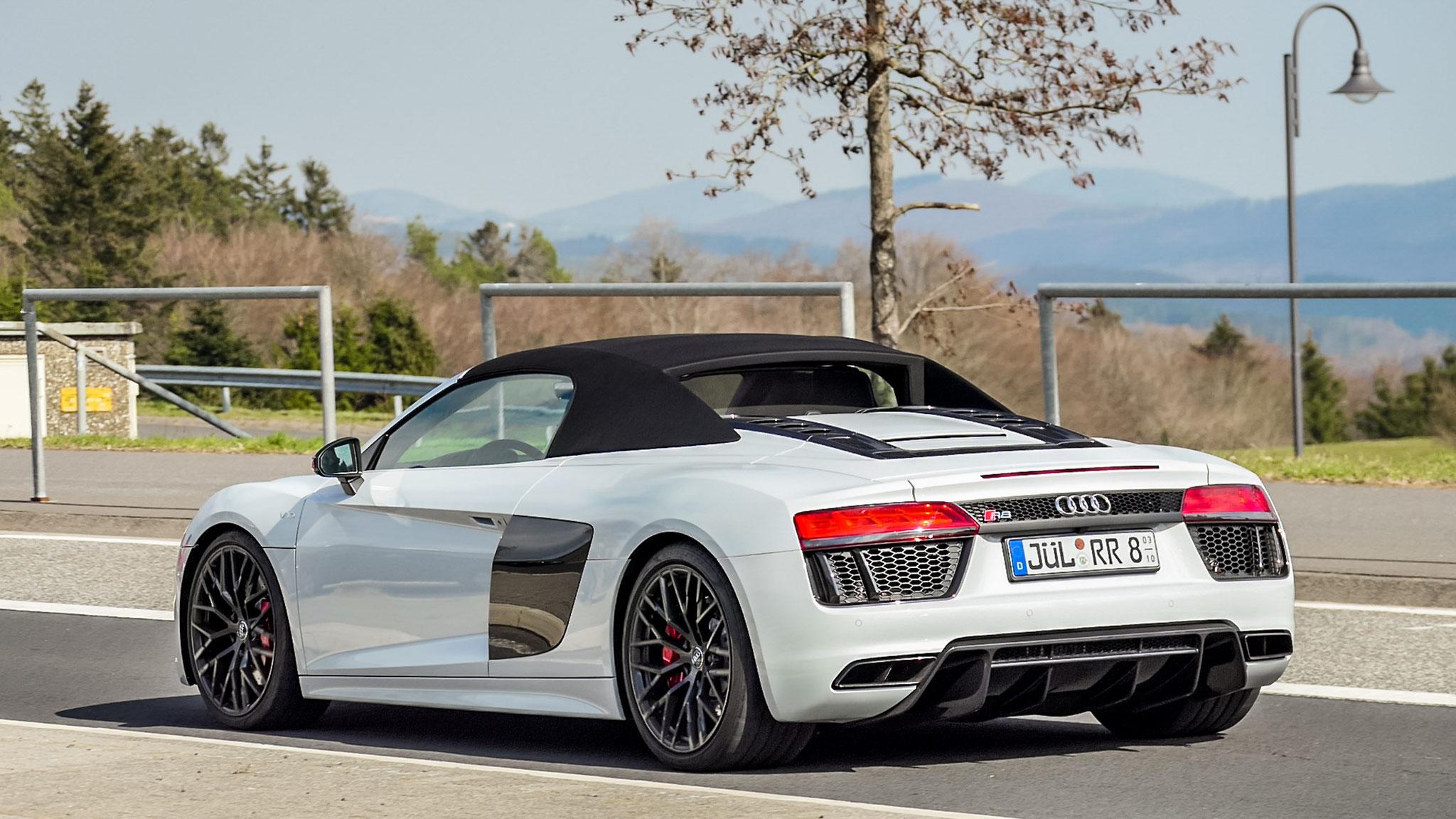 Audi R8 V10 Spyder - JÜL-RR-8