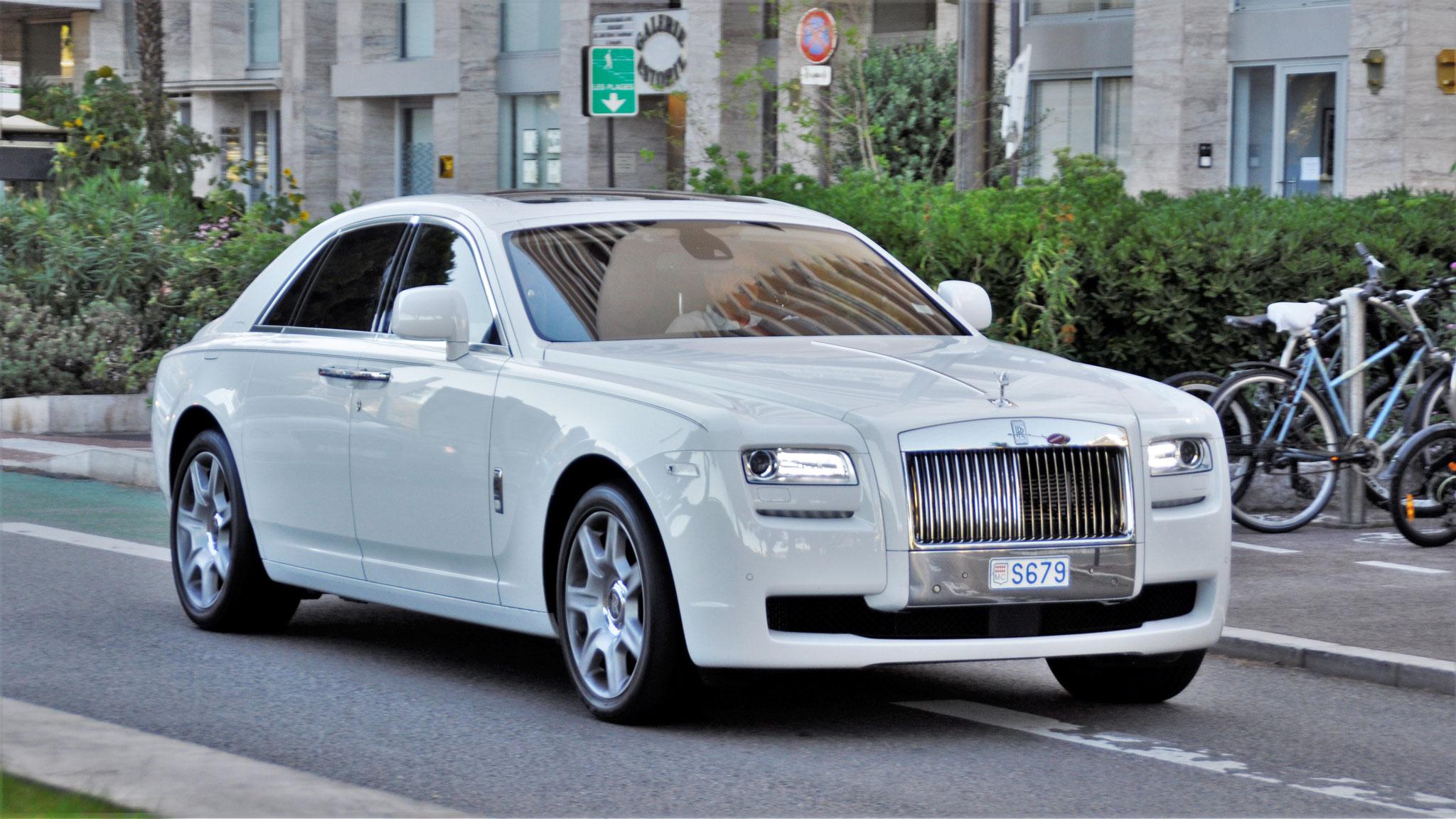 Rolls Royce Ghost - S679 (MC)