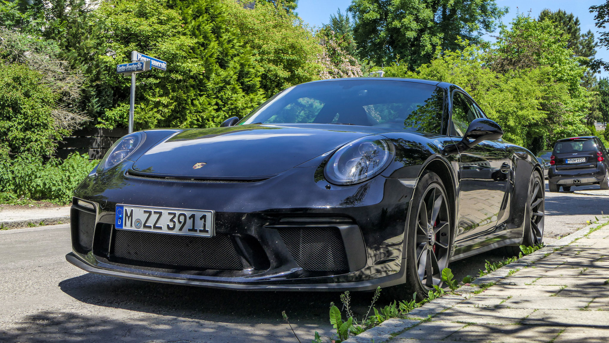 Porsche 991 GT3 Touring Package - M-ZZ-3911