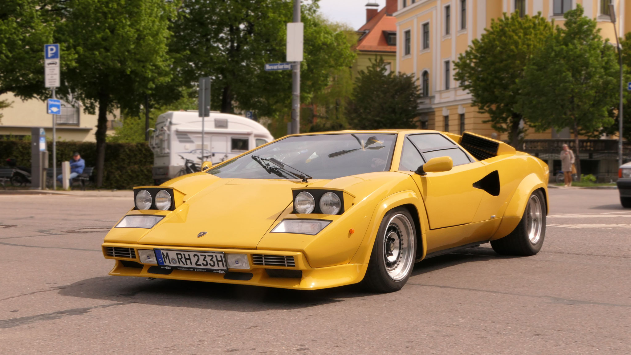 Lamborghini  Countach - M-RH-233H