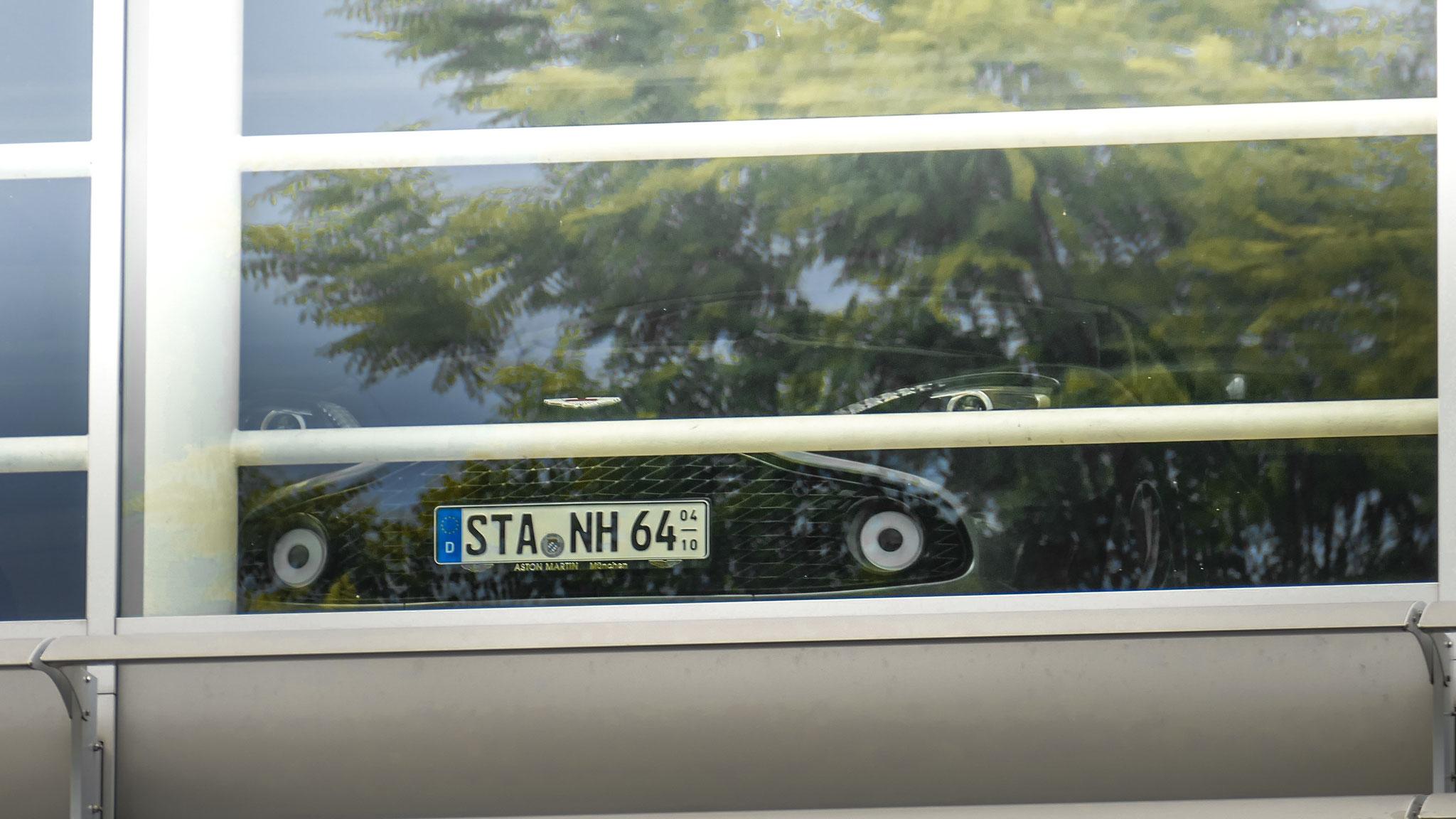 Aston Martin Vanquish Zagato Volante - STA-NH-64