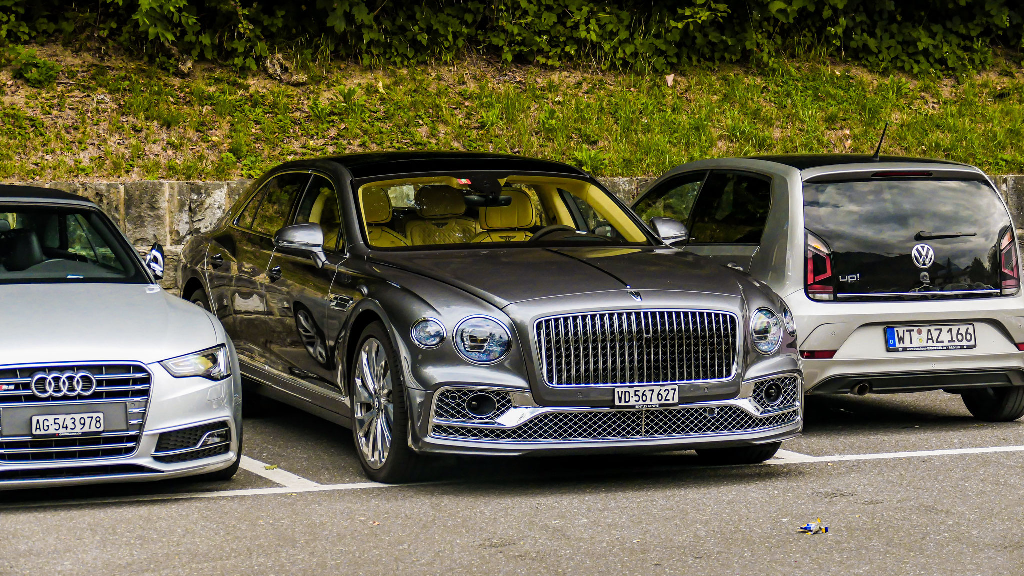 Bentley Flying Spur - VD-567627 (CH)