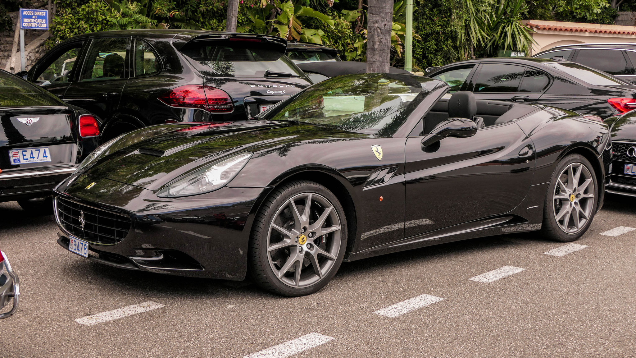 Ferrari California - 9478 (MC)