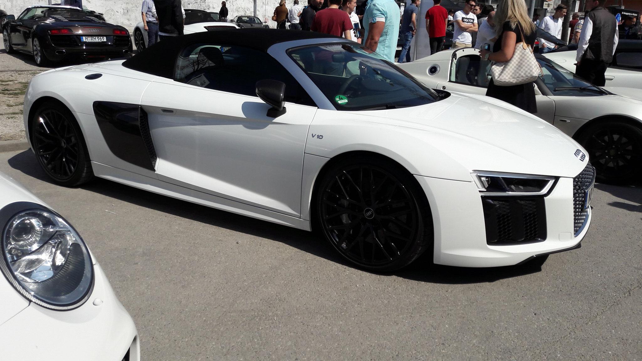 Audi R8 V10 Spyder - ND-P-800
