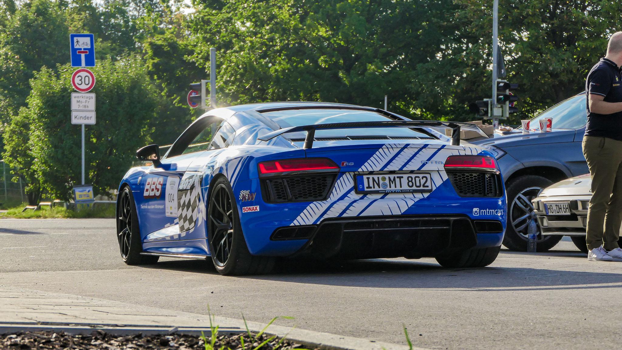 Audi R8 V10 - IN-MT-802