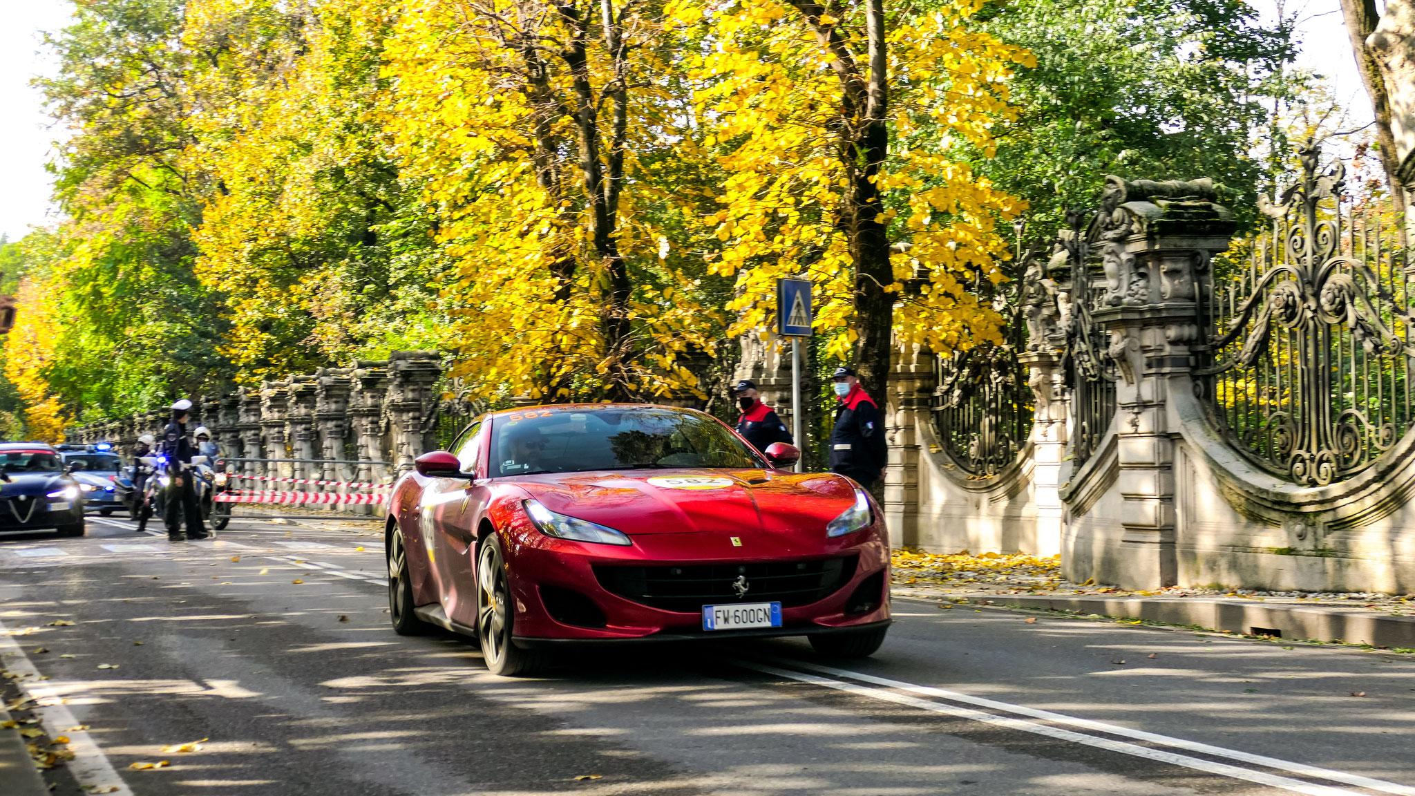Ferrari Portofino - FW-600-GN (ITA)