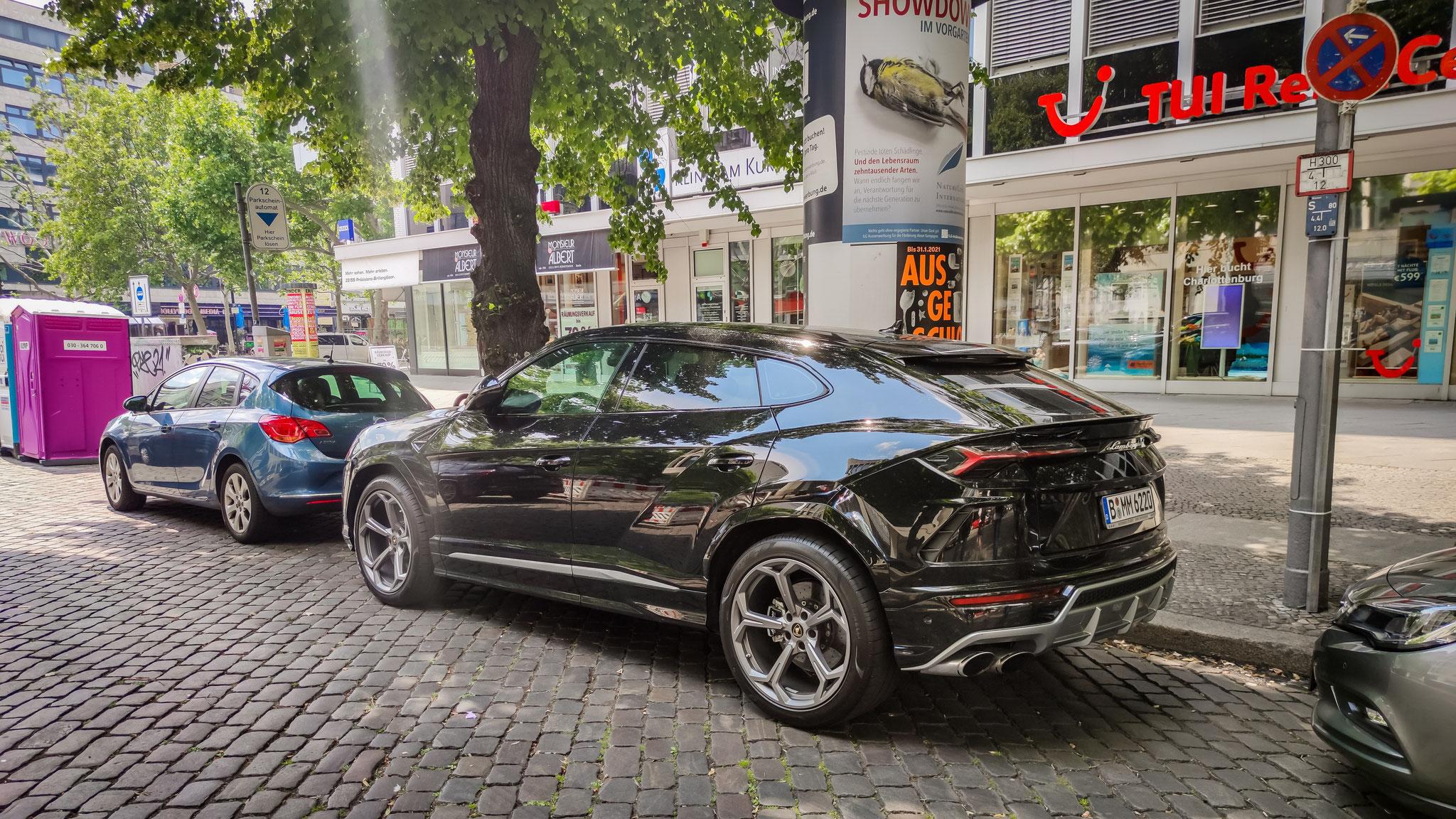 Lamborghini Urus - B-MM-6220