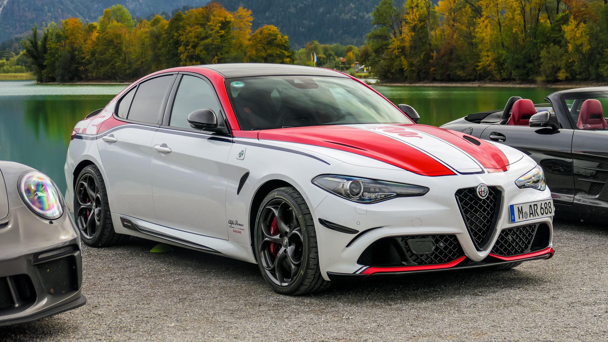 Alfa Romeo Giulia Racing Edition - M-AR-688