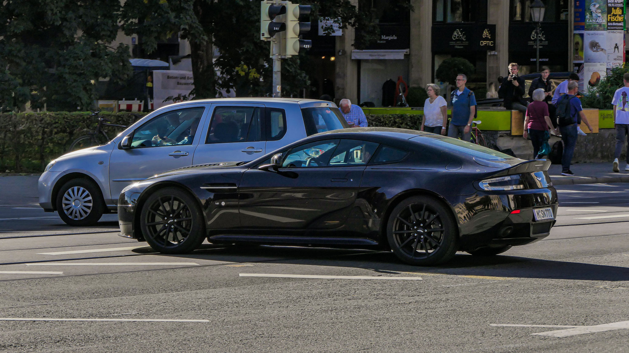 Aston Martin Vantage V12 S - M-SN-770
