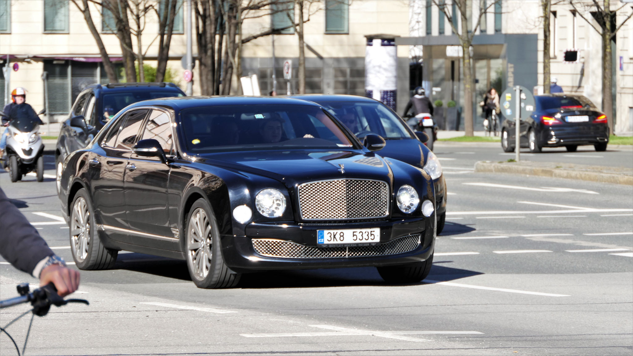 Bentley Mulsanne - 3K8-5335 (CZ)