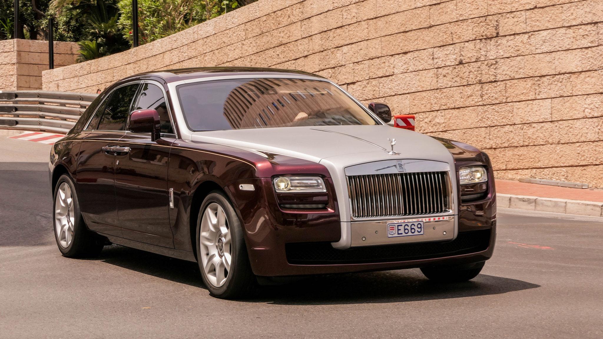 Rolls Royce Ghost - E669 (MC)