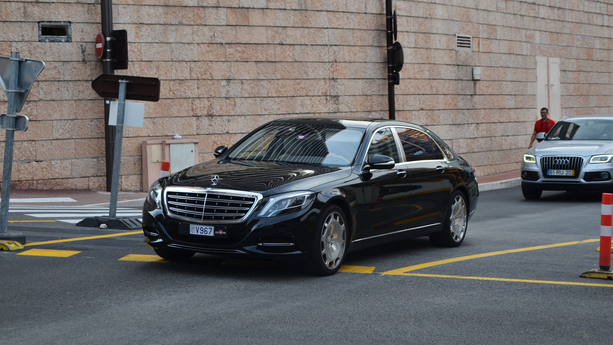 Mercedes Maybach S600 - V967 (MC)
