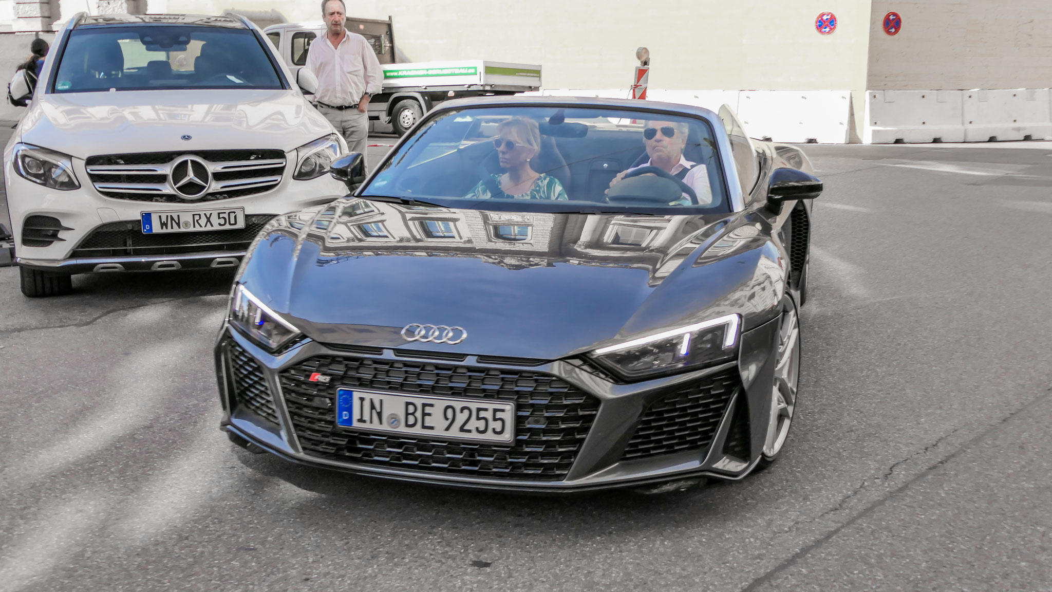 Audi R8 V10 Spyder - IN-BE-8255