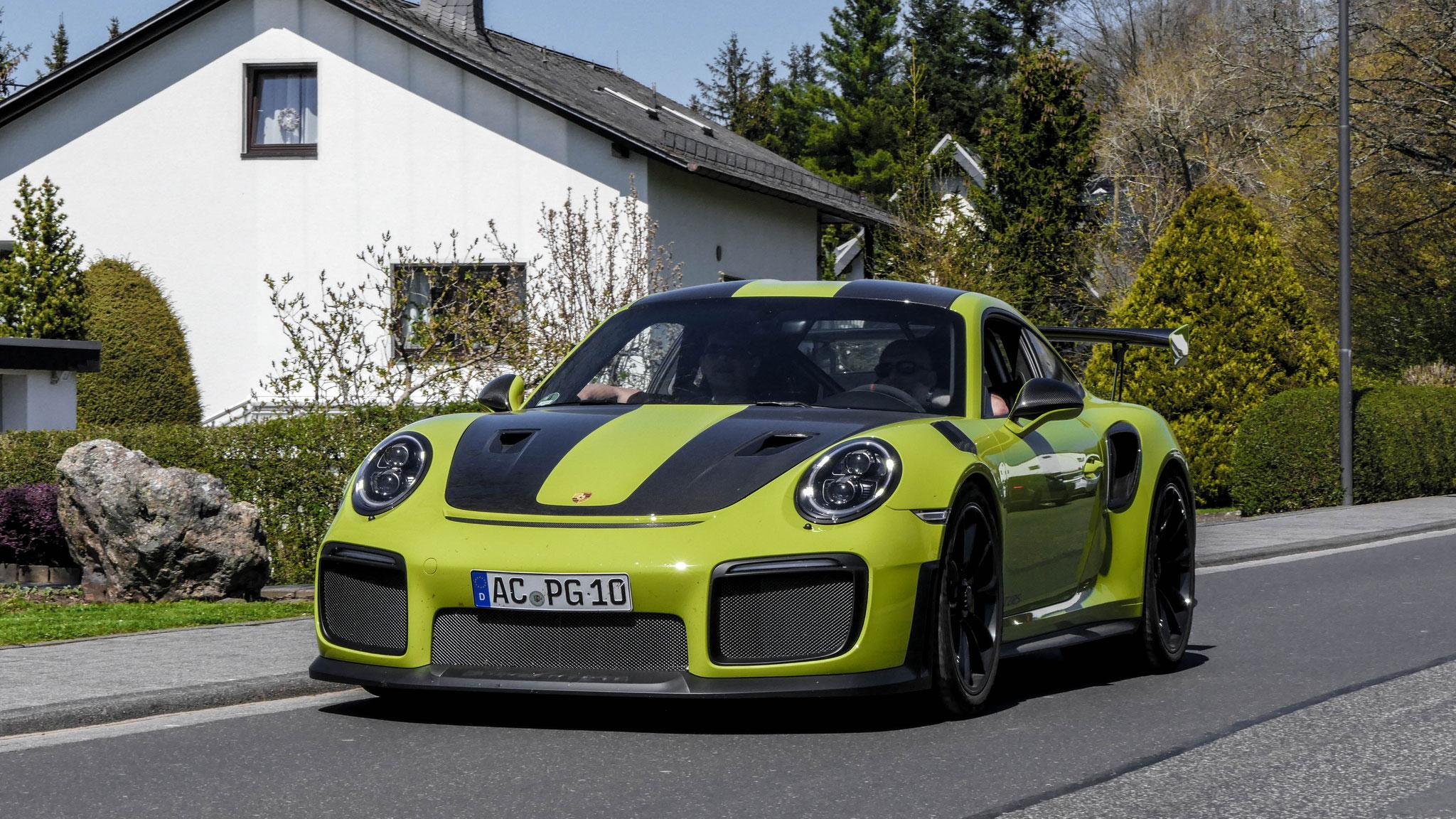 Porsche 911 GT2 RS -AC-PG-10