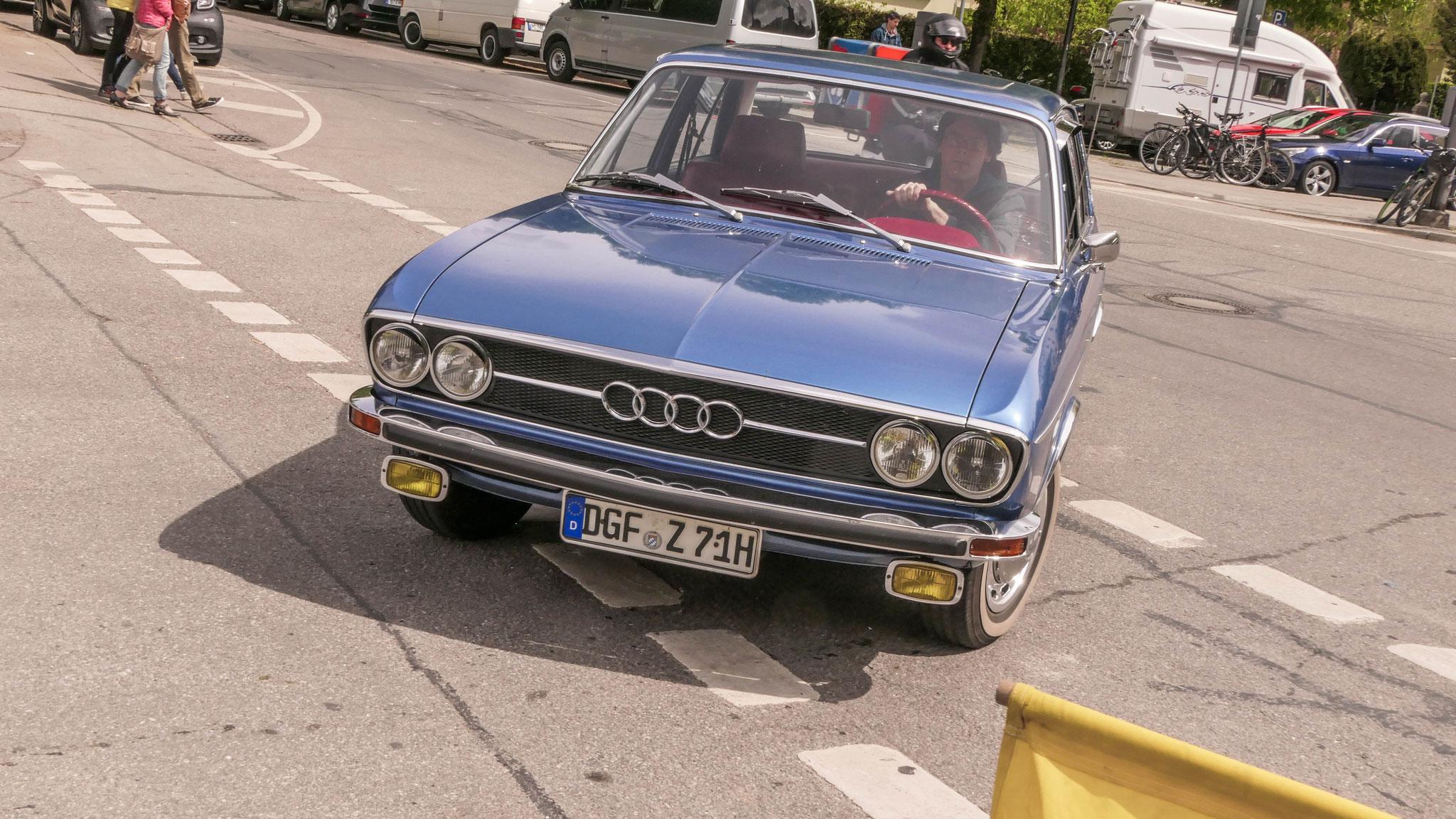 Audi 100 - DGF-Z-71H