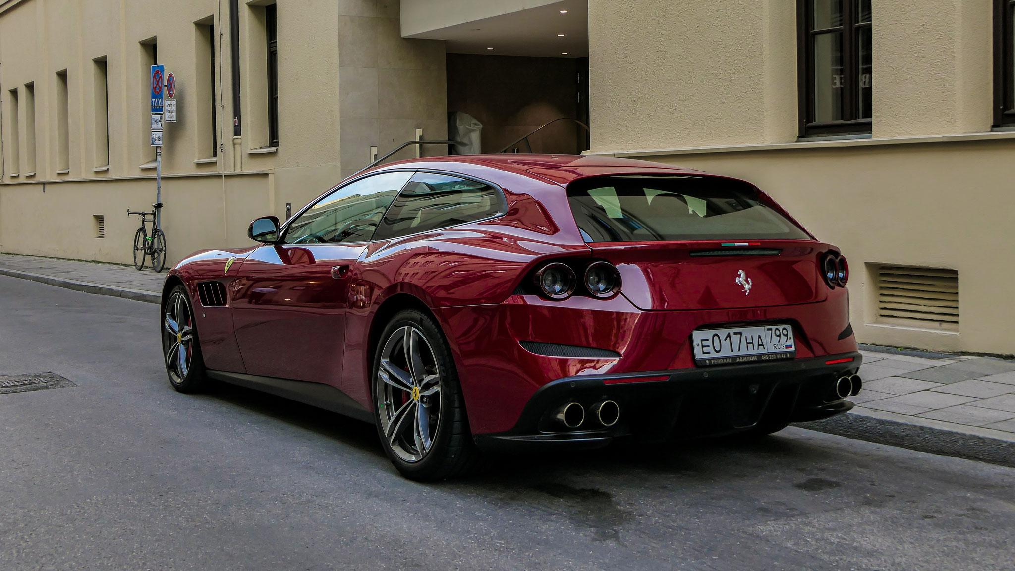 Ferrari GTC4 Lusso - E-017-HA-799 (RUS)